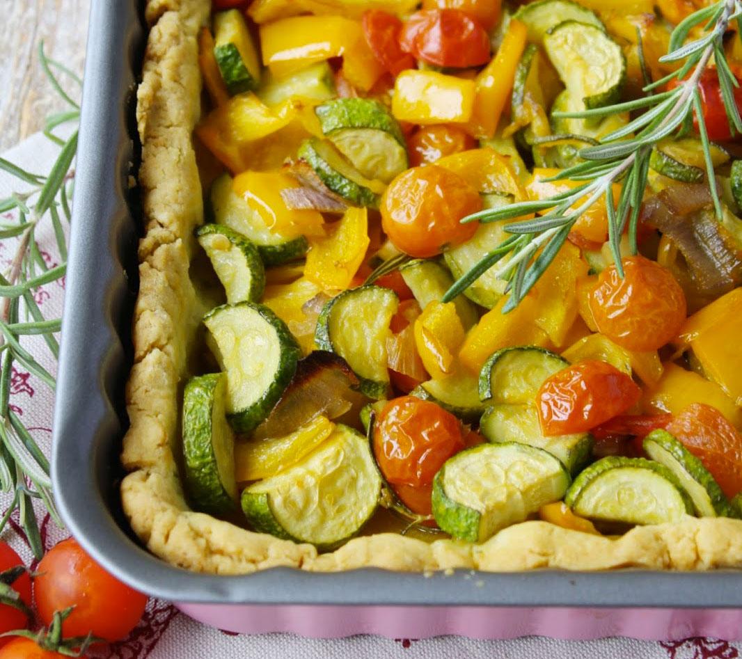 Torta salata al rosmarino e verdure
