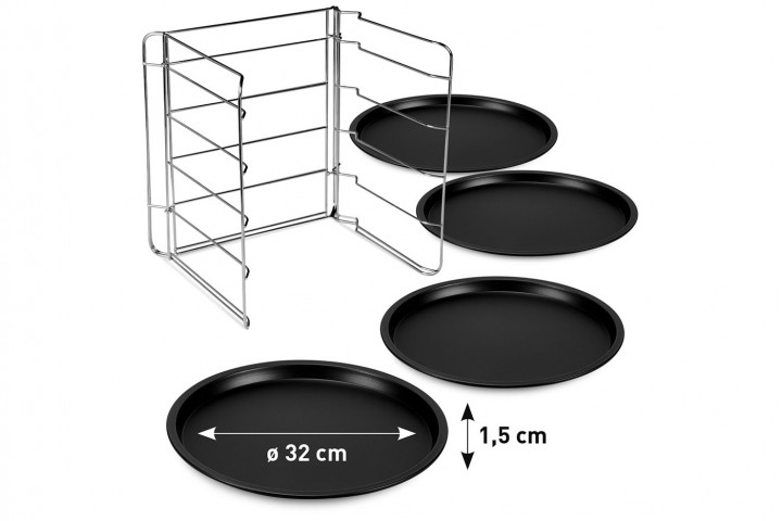 Set 4 pizza tins with steel grill rack