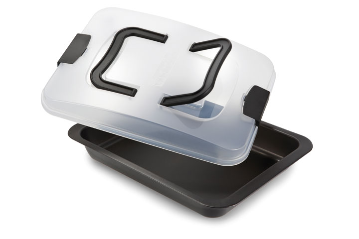 Baking mould with carrying lid