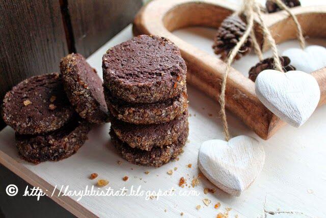 Biscotti speziati con cristalli di zucchero
